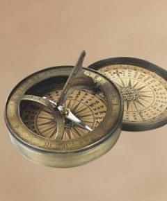 18th C. Sundial & Compass