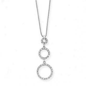 14k White Gold Graduated Diamond Circle Necklace
